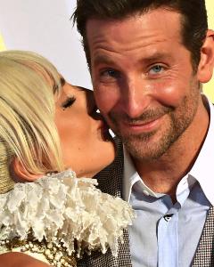 Правда чи ні: Леді Гага з'їхалася з Бредлі Купером