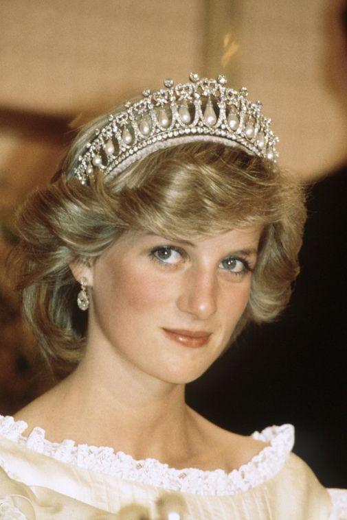 hbz-diana-tiara-embed-198933.jpg (50.91 Kb)