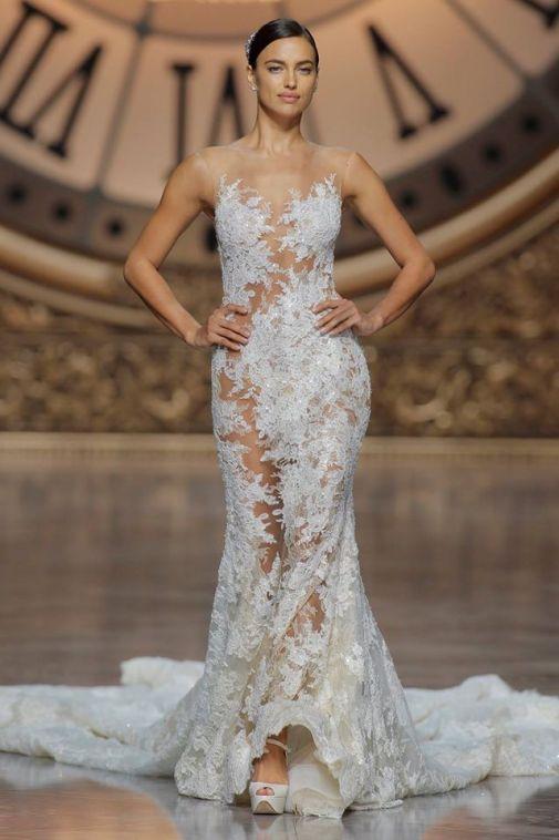 irina-shayk-pronovias-bridal-show03.jpg (51.54 Kb)