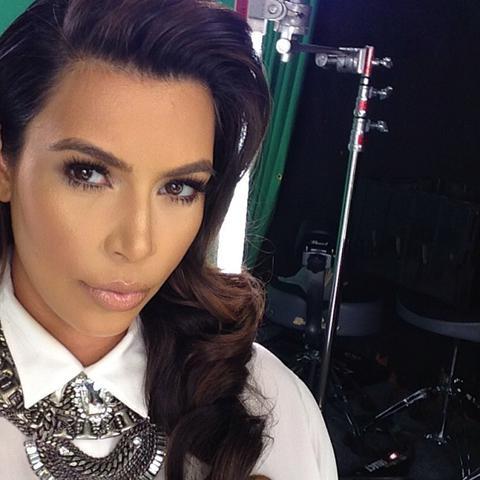 kim_kardashian_3.jpg (30.87 Kb)