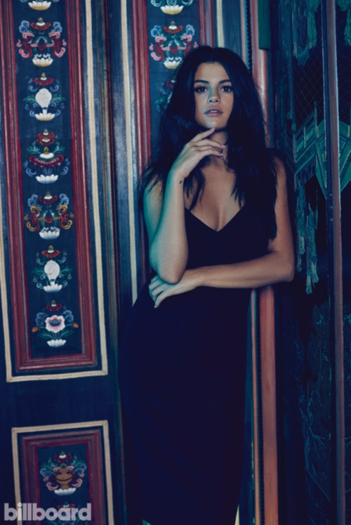 selena-gomez-billboard-magazine-october-2015-cover-photoshoot04.jpg (94.73 Kb)