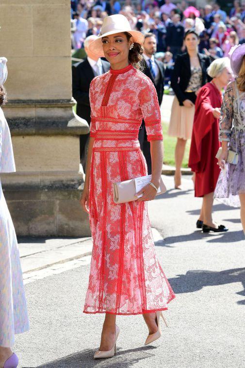 gina-torres-royal-wedding-1526726967.jpg (90.2 Kb)