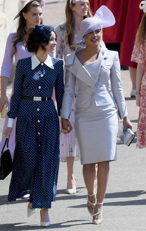 priyanka-chopra-royal-wedding-1526733896.jpg (80.47 Kb)